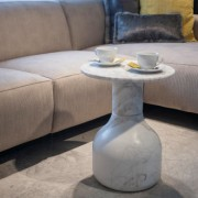 Moon coffee table (marble volakas)